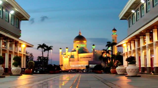bandar seri begawan mosque, brunei - brunei stock videos & royalty-free footage