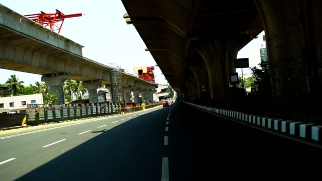 stockvideo's en b-roll-footage met de weg van bangalore - lockdown