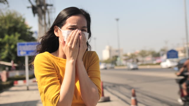 bangkok air pollution woman with face mask protection - glucose stock videos & royalty-free footage