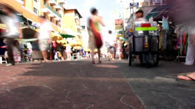 bangkok stadt - menschliche gliedmaßen stock-videos und b-roll-filmmaterial