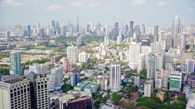 vídeos de stock, filmes e b-roll de paisagem urbana de bangkok - estilo de vida insalubre