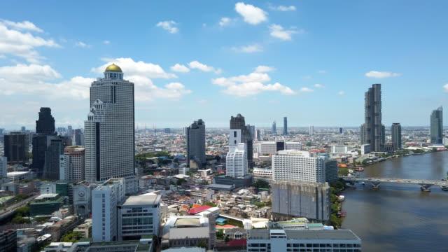 bangkok skyline stadtbild und modernes gebäude - bangkok stock-videos und b-roll-filmmaterial