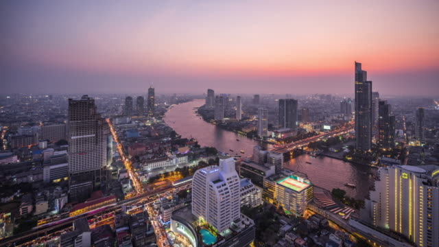 vídeos y material grabado en eventos de stock de t/l ws ha bangkok skyline day to night transition / bangkok, thailand - tailandia