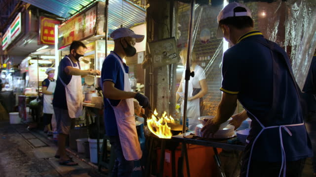 bangkok, thailand -september 5, 2020 street food yaowarat night yaowarat many people come many times. how many trips do not get bored of the famous food, gathering this much, who will not like it? - thailand stock videos & royalty-free footage