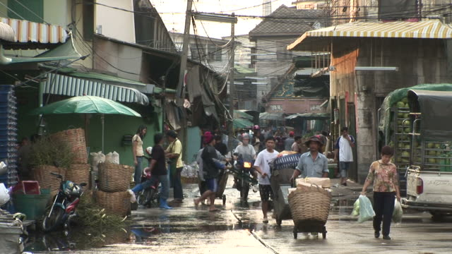 bangkok, thailandview of open market in bangkok thailand - バンコク点の映像素材/bロール