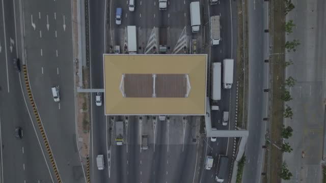vídeos de stock e filmes b-roll de bangkok toll way - portão