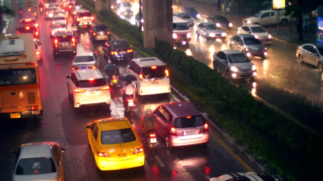 bangkok traffic in the rain - glowing stock videos & royalty-free footage