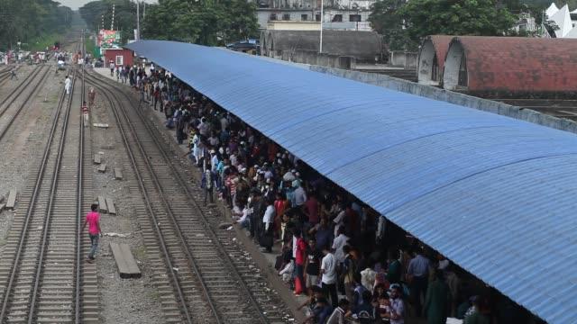 Bangladeshi people start traveling home for Eid Al Adha