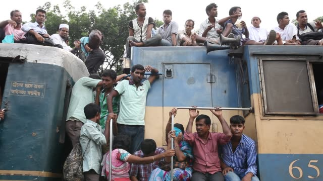Bangladeshi people start traveling home for Eid Al Adha