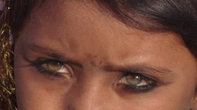 ecu zo banjaara girl with green eyes looking at camera / pushkar, rajasthan, india - green eyes stock videos and b-roll footage