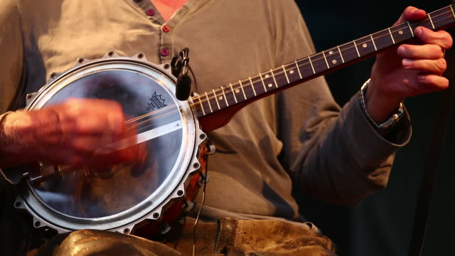 cu banjo player on stage - banjo stock videos & royalty-free footage