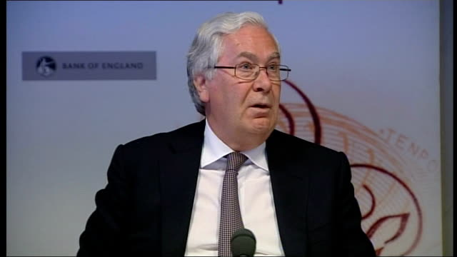 bank of england cuts growth forecast king press conference sot don't think we are in any position to forecast what will happen in the euro area... - ファイサル・イスラム点の映像素材/bロール