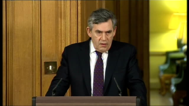 gordon brown press conference england london 10 downing street int gordon brown and alistair darling into press conference sot gordon brown mp press... - alistair darling stock videos & royalty-free footage