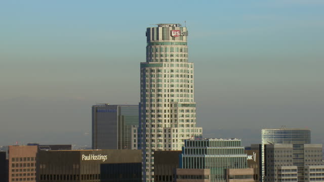 us bank tower in downtown los angeles - us bank tower stock videos & royalty-free footage