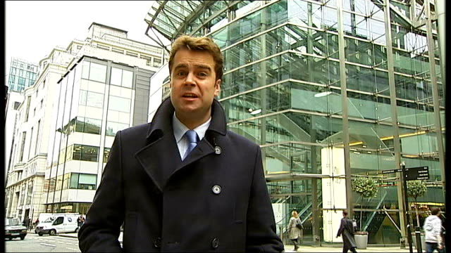 Gordon Brown refuses to back Governor of Bank of England proposal to split banks Reporter to camera Angela Knight interview SOT Business would go to...