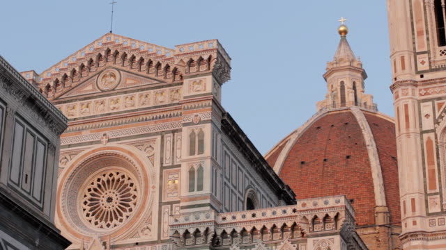 cu baptistry, duomo and campanile tower / florence, tuscany, italy - cupola video stock e b–roll