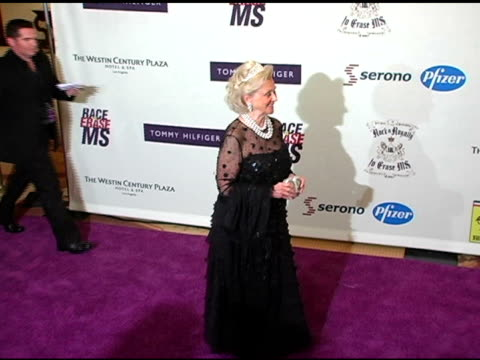 vidéos et rushes de barbara davis at the 12th annual race to erase themed rock and royalty to erase at the westin century plaza hotel in century city, california on... - race to erase ms