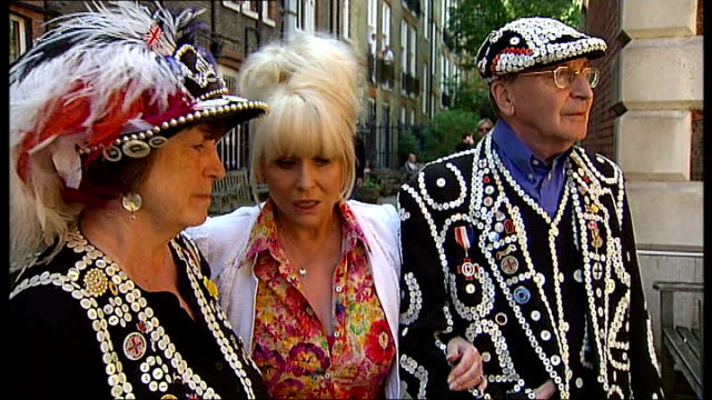 Barbara Windsor launches campaign to save Covent Garden church ENGLAND London Covent Garden St Paul's Church EXT General views of St Paul's Church...