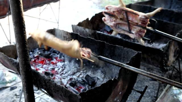barbecued suckling pig - hawaiian culture stock videos & royalty-free footage