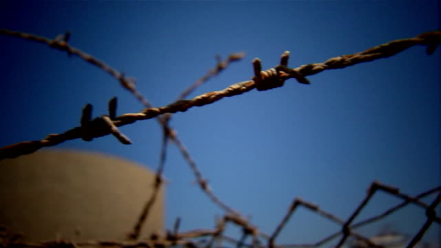 barbed wire - refugee camp stock videos & royalty-free footage