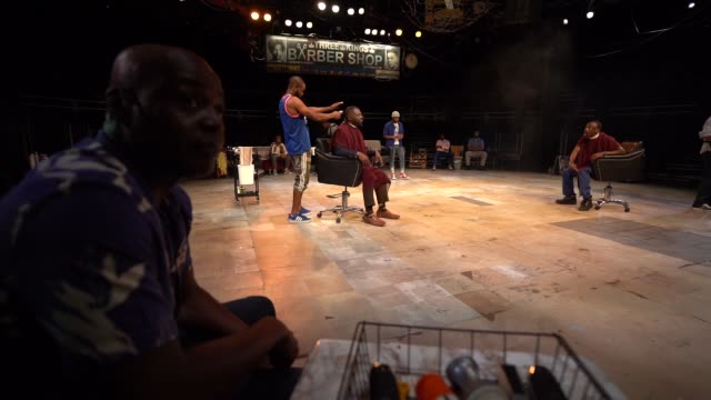 vidéos et rushes de slomo 'barber shop chronicles' media call at the roundhouse on july 22 2019 in london england - ming