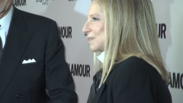 stockvideo's en b-roll-footage met barbra streisand at glamour magazine's 23rd annual women of the year awards event at the carnegie hall on 11/11/13 in new york, ny. - barbra streisand