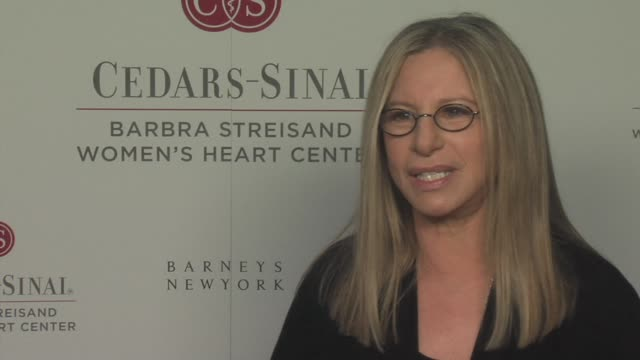 vídeos de stock, filmes e b-roll de barbra streisand on the dangers of heart disease and why it's important that we do all we can to raise awareness at the barbra streisand hosts... - barbra streisand
