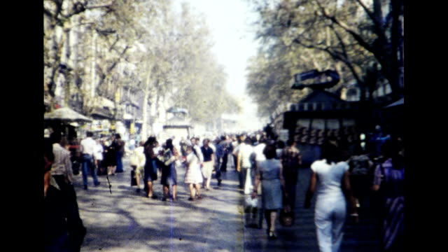 stockvideo's en b-roll-footage met barcelona 1977 - 1977