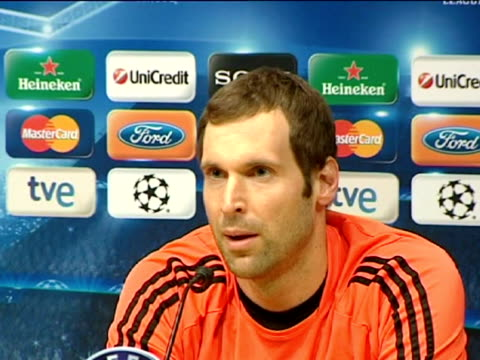 barcelona, 23 apr .- chelsea manager roberto di matteo and goalkeeper petr cech spoke at a press conference on monday on the eve of the return leg of... - leg press stock videos & royalty-free footage