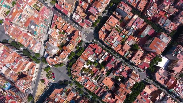 vidéos et rushes de vue aérienne de barcelone par drone - barcelone