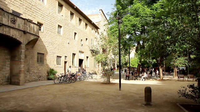 バルセロナ カタロニア校 - 分校点の映像素材/bロール
