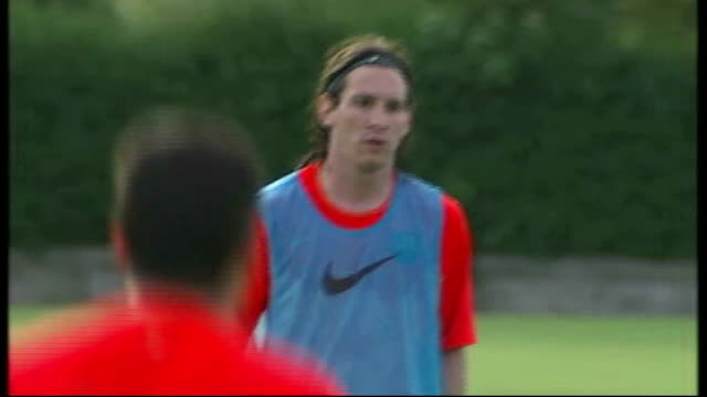 fc barcelona training in scotland scotland st andrews ext barcelona fc players training session showing shots of players alexander hleb thierry henry... - lionel messi stock videos and b-roll footage