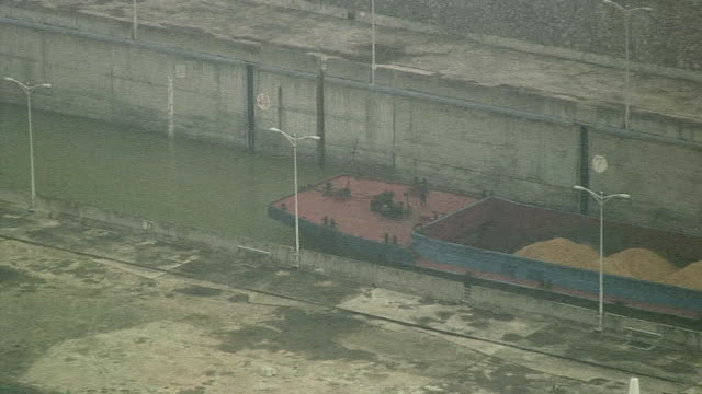 MS ZO WS HA Barge moving down narrow canal, Three Gorges Dam, Wuhan, China