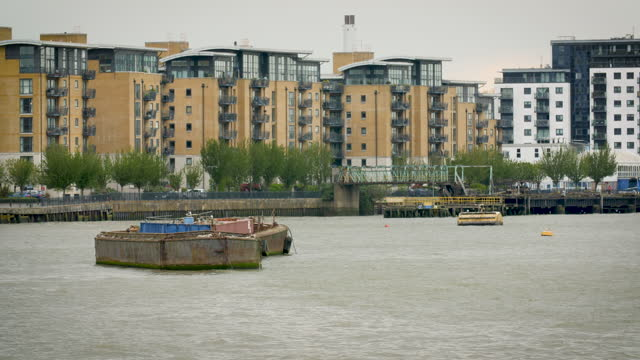 ws barges on river thames in london - waterfront stock videos & royalty-free footage