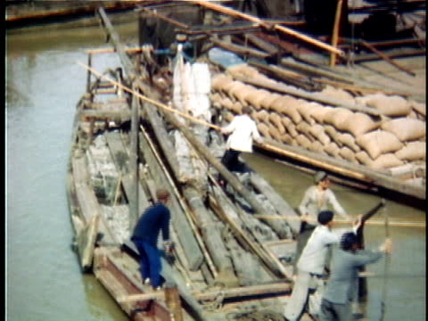 1948 ms barges on soochow creek, 1940's, shanghai, china - 1948 stock-videos und b-roll-filmmaterial