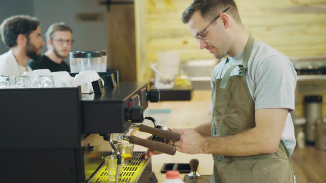 barista steams milk - seattle coffee stock videos and b-roll footage