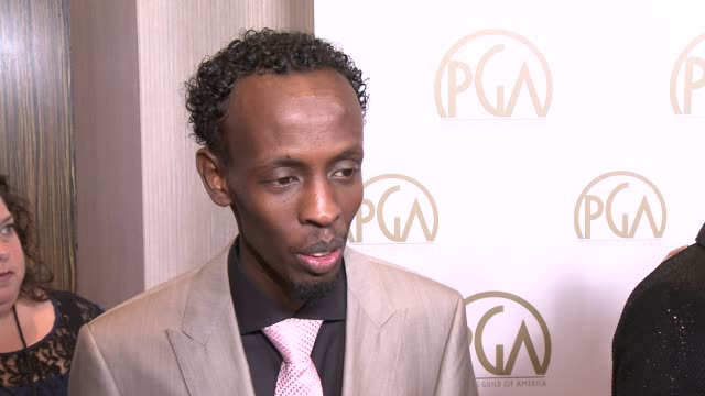 """vidéos et rushes de barkhad abdi on the event, his film, """"captain phillips"""" at 25th annual producers guild awards at the beverly hilton hotel on in beverly hills,... - producer's guild of america awards"""