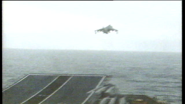 vídeos de stock e filmes b-roll de baroness thatcher launches new falklands coins at pobjoy mint in surrey tx 1982 fighter jet taking off from runway on royal navy ship weapons being... - ilhas malvinas