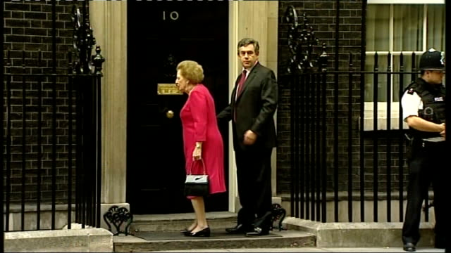 stockvideo's en b-roll-footage met baroness thatcher leaves hospital after health scare; 13.9.2007 baroness thatcher with prime minister gordon brown mp outside number 10 - number 9