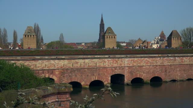 barrage vauban and ill river, strasbourg, alsace, france - straßburg stock-videos und b-roll-filmmaterial