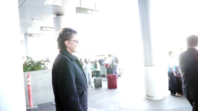 barry manilow at los angeles international airport in celebrity sighting in los angeles, . - barry manilow stock videos & royalty-free footage