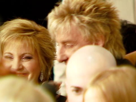 barry manilow at the legendary clive davis pre-grammy party at beverly hills california. - バリー・マニロウ点の映像素材/bロール