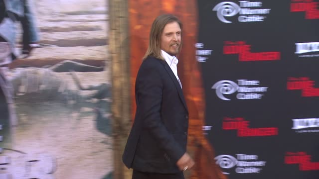 barry pepper at the lone ranger los angeles premiere barry pepper at the lone ranger los angeles prem at disney california adventure park on june 22... - barry pepper stock videos & royalty-free footage