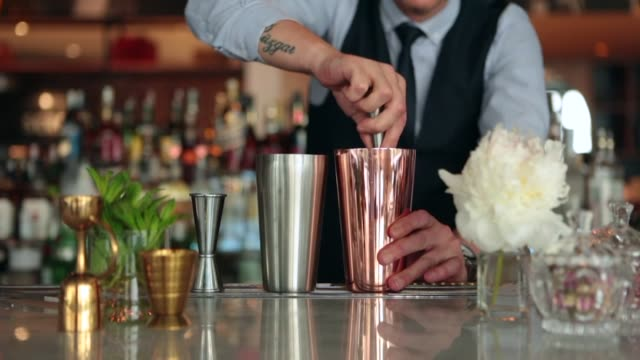 bartender making cocktail - margaritas stock videos and b-roll footage