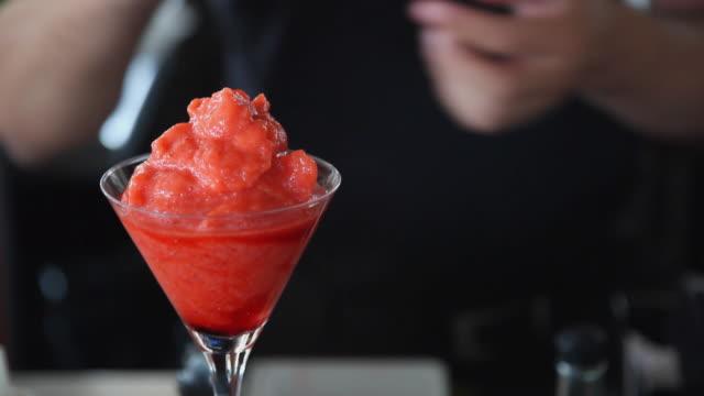 cu tu td bartender preparing red blended cocktail / port de soller, mallorca, baleares, spain - bartender stock videos & royalty-free footage