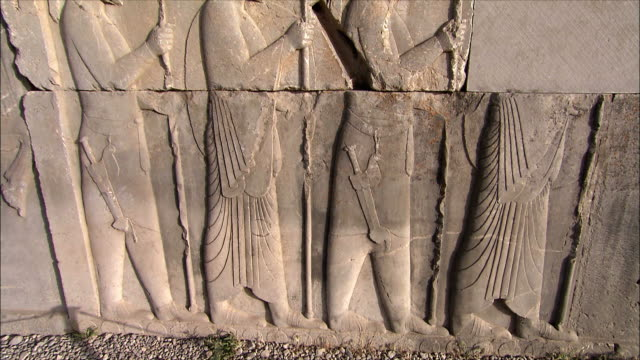 ms tu bas relief depicting soldiers with spears, persepolis, iran - bas relief stock videos & royalty-free footage