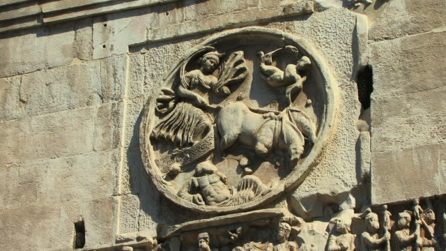 cu, zo, bas relief on arch of constantine, rome, italy - arch of constantine stock videos and b-roll footage