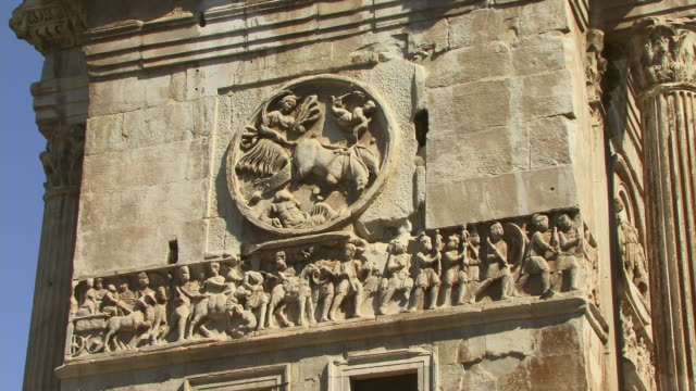 cu, td, bas relief on arch of constantine, rome, italy - bas relief stock videos & royalty-free footage