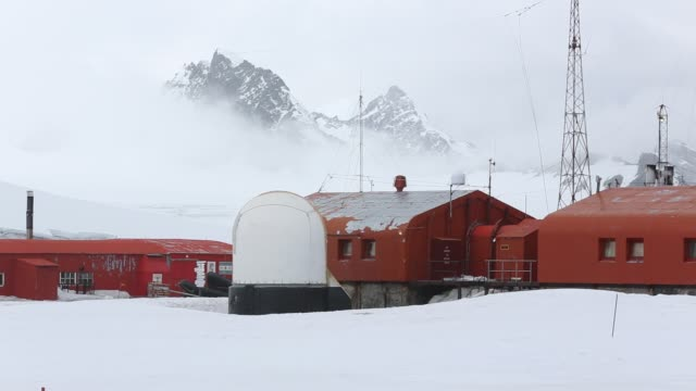 base orcadas is an argentine scientific station in antarctica and the oldest of the stations in antarctica still in operation it is located on laurie... - antarctica research stock videos & royalty-free footage