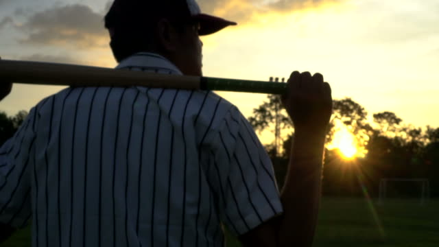 baseball player - baseballspieler stock-videos und b-roll-filmmaterial